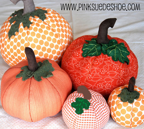 fabric pumpkins by pinksuedeshoe  15 ideas and tutorials for your crafty pumpkins