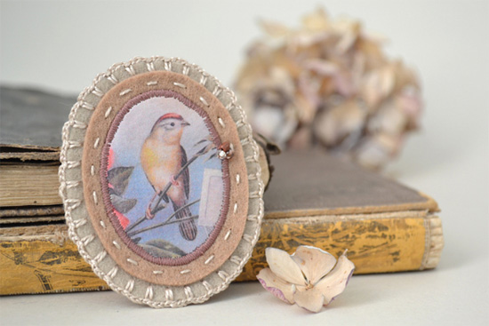 Vintage bird print brooch by xxxredstichtxxx Imaginative Bloom Flickr group  IB Flickr group picks: Sew and Decorate!