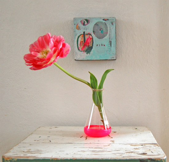 Vase by vogel en vlinder and art by sada Styling by ATLITW  IB Flickr group picks: Styling your home with a crafty touch