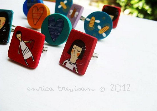 Handmade and hand painted rings by Enrica Trevisan  Hand painted by Enrica Trevisan